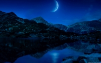 Collection\Msft\Seasons: Crescent-Moon-above-hills-and-lake